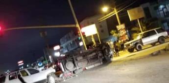 Carambola de tres vehículos en la colonia Lázaro Cárdenas