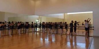Imparten clase magistral de ballet en CEART-Tecate