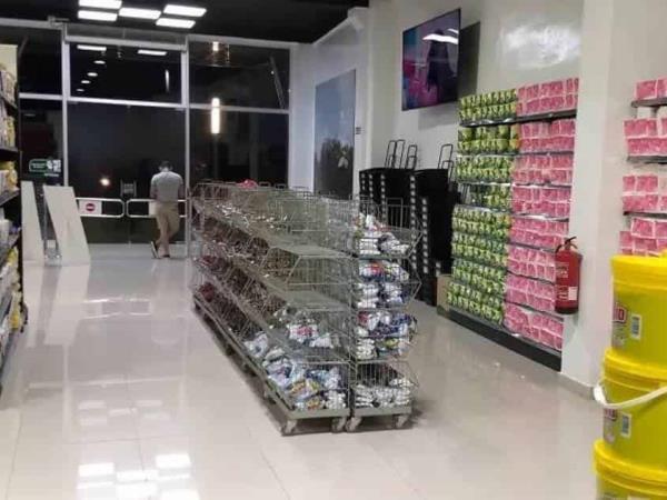 Cuba pone un tope a los precios de alimentos en los negocios privados