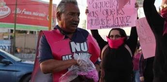 Padre lanza brillantina por su hija desaparecida desde hace 10 años