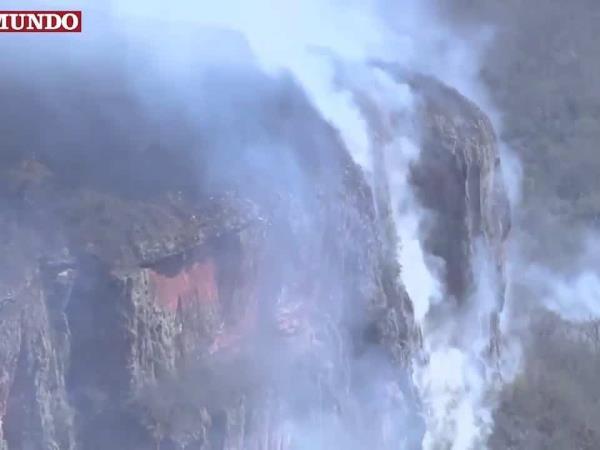 Una ola de fuego arrasa medio millón de hectáreas en Bolivia