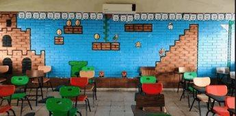 Profesor adorna salón de clases como nivel de Super Mario Bros