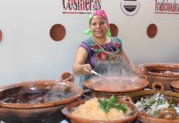 Impulsa presidente municipal electa Araceli Brown obras en Primo Tapia.
