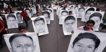 Liberan a 24 detenidos por caso Ayotzinapa, denuncia Encinas