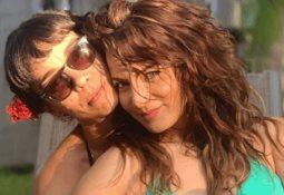 Es mi amiga, no mi novia, dice Silvia Navarro sobre fotografía