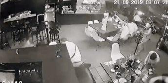 Difunden video del ataque en bar de Uruapan que dejó 4 muertos