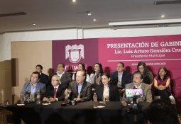 AMLO pide a legisladores no excederse con desaparición de poderes