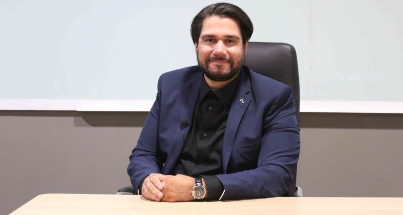 Abraham Castillo, diseñador mexicano en Nissan Design America y estudiante del Professional MBA UX