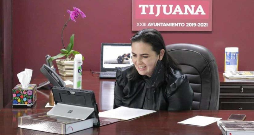 Participa Karla Ruiz en reunión mensual de South Country Economic Devolopment Council