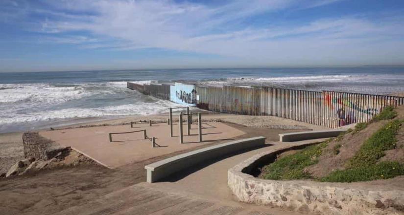 Mantienen cierre preventivo en playas de Tijuana para mejorar la calidad del agua