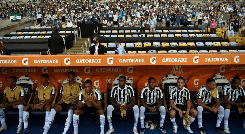Rompen protocolos sanitarios en la final de Copa Libertadores