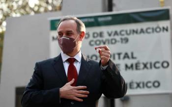 Ya llegó ¿Hugo el bailador?; así fue captado antes de recibir vacuna