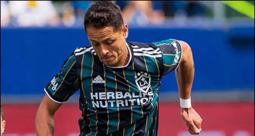 Chicharito Hernández falla penalti en el Galaxy vs Austin