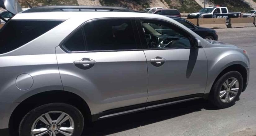 Con arco lector la FGE ubicó dos vehículos robados