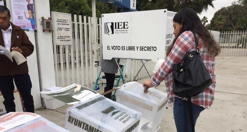 Sin incidentes se instalaron 4 mil 967 casillas en Baja California