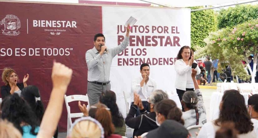 Exhorta Armando Ayala a empresas a regularizarse