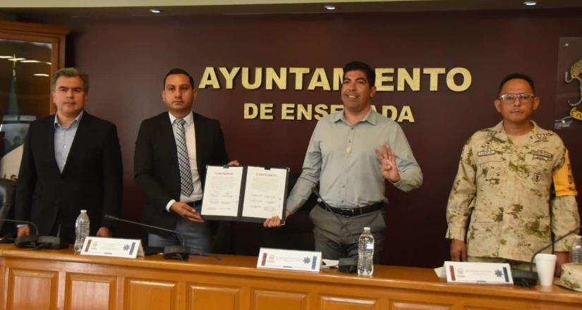 Anuncia Armando Ayala proyecto de Preparatoria Militarizada en Ensenada