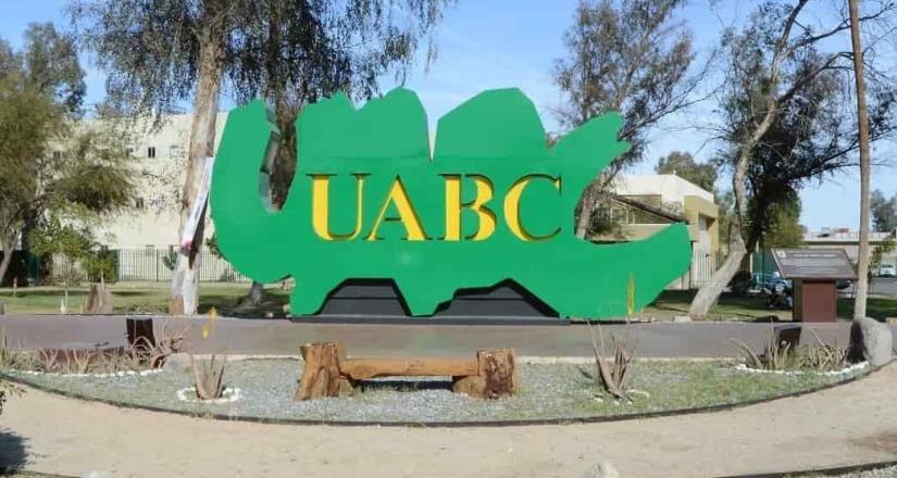 Ofrece UABC becas a sus estudiantes