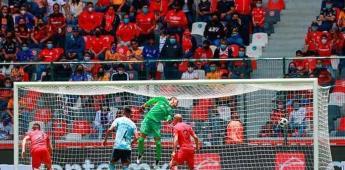 Aficionados son retirados del Toluca-Tigres por grito homofóbico