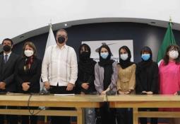 La Corte Suprema de Estados Unidos ordena restablecer la política de Quédate en México