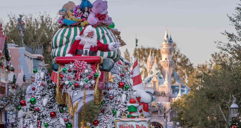 Disneyland Resort celebra las fiestas con tradiciones memorables y diversas festividades culturales