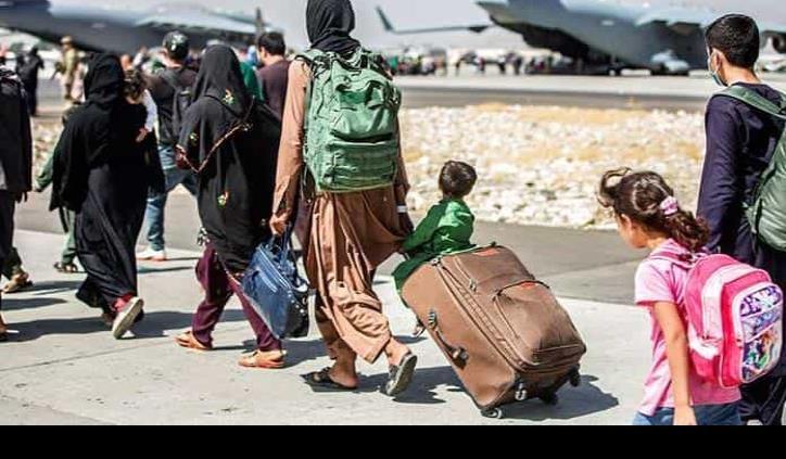 Afgano que violó a su hija, entre evacuados de Kabul a Alemania