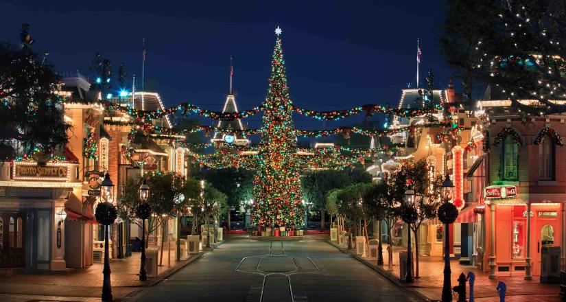 Disneyland Resort Presenta Disney Merriest Nites After-Hours Event
