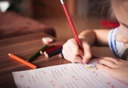 Casi 10 mil menores se contagiaron en regreso a clases presenciales