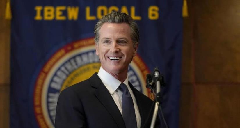 """Ahora, volvamos a trabajar"": Gavin Newsom continua como gobernador de California"