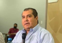 Llegó un cargamento de 10,000 dosis de AstraZeneca, del cual, 9,500 vacunas se canalizarán a la capital del Estado y el resto a San Vicente.
