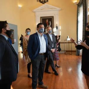 Inauguran exposiciones de la Colección FEMSA en el FIC 2021